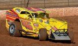Stephenson strengthens series lead